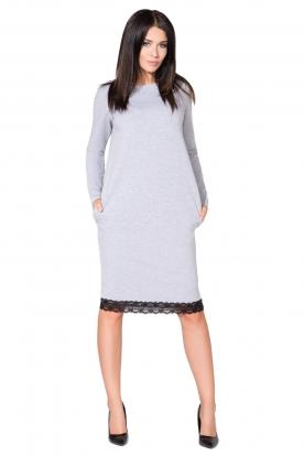 Šviesiai pilkos spalvos suknelė su nėriniais