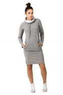 Šviesiai pilkos spalvos suknelė ilgu kaklu