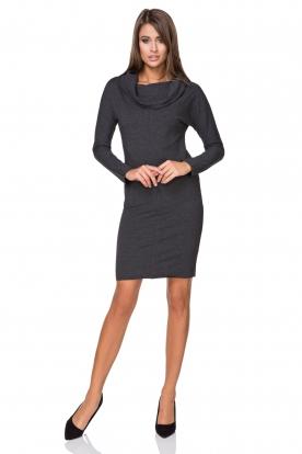 Tamsiai pilka suknelė ilgesniu kaklu