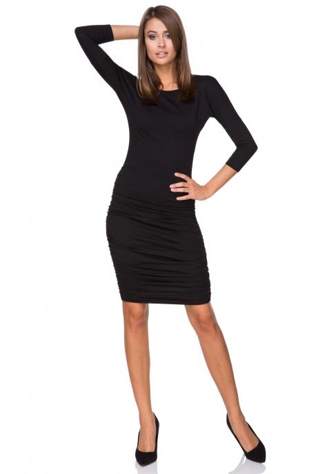 Juodos spalvos suknelė