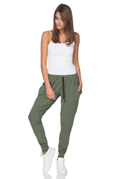 Žalios laisvalaikio kelnės