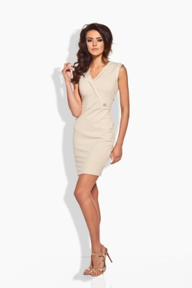 L134 Fitted dress with a gold button beige