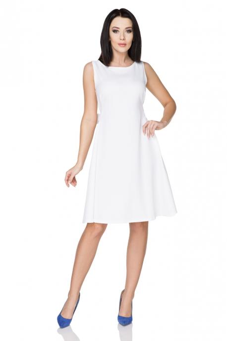 Elegantiška balta suknelė