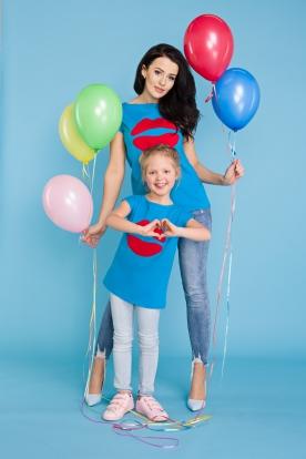 Mėlyni marškinėliai mergaitei