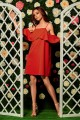 Fashionable dress with bare shoulders L256 red