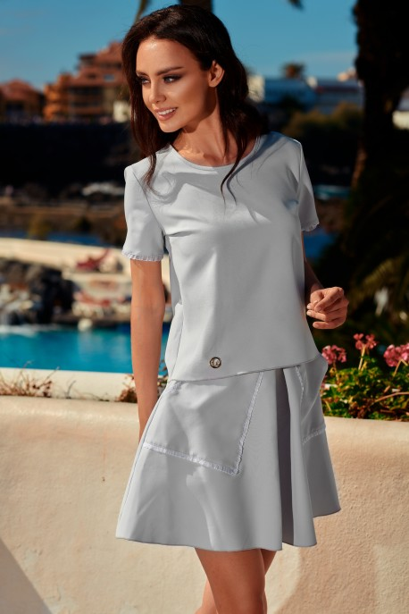 Fashionable set with a skirt with decorative pockets L239 light grey