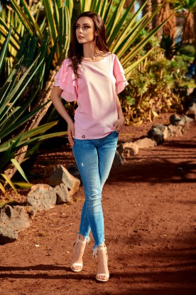 Blouse with ruffles L250 powder pink