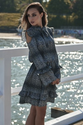 Fashionable dress with open arms L276 leaves