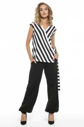 Juodos haremo stiliaus kelnės