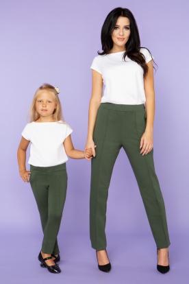 Žalios laisvalaikio kelnės mergaitei