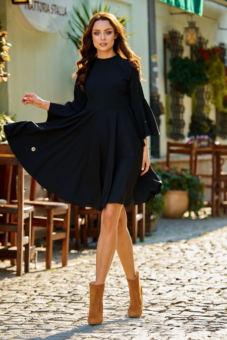 Phenomenal dress with flared sleeves L277 black