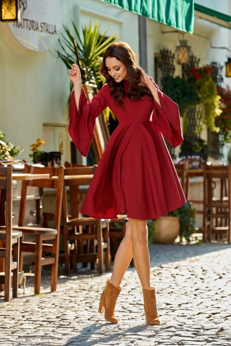 Phenomenal dress with flared sleeves L277 crimson