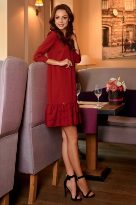 Classic dress with a frill L272 crimson
