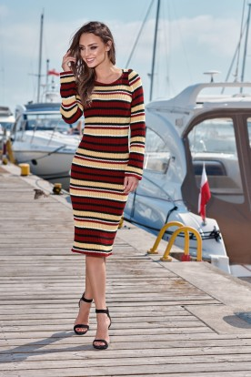 Feminine pencil sweater dress LS224 crimson-black-camel