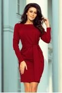Bordo spalvos suknelė su medžiaginiu dirželiu