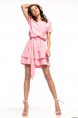 Rožinė stilinga suknelė