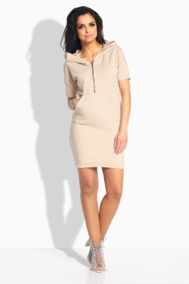 L190 Feminine sporty dress beige