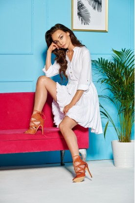 Flared dress with long sleeves tied at the waist LG502 white