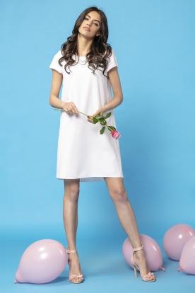 Daili balta suknelė