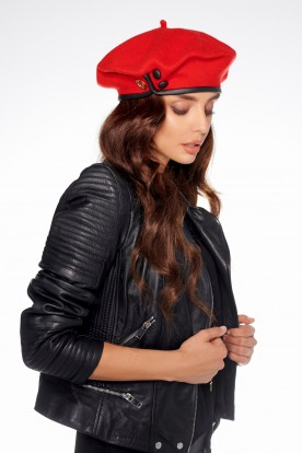 Beret with buttons LGK104 red