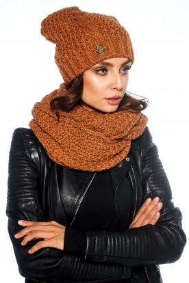 SET: classic cap and chimney scarf LC111 caramel