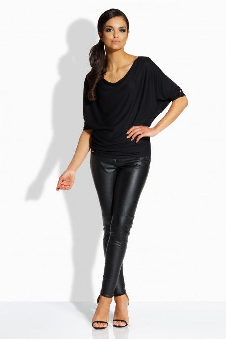 L205 Feminine blouse in the form of a bat black