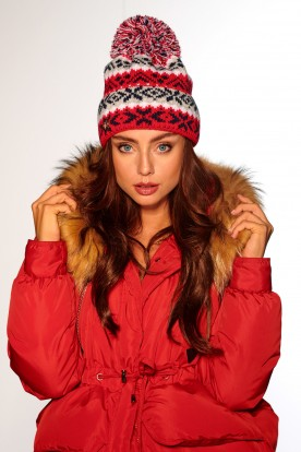 Cap with pompom in patterns LC117 red