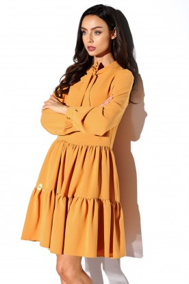 Dress with a bow in colours L319 camel