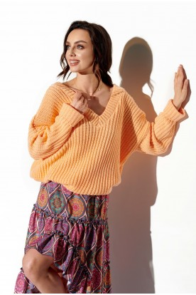 Sweater with large V-neckline LS292 apricot