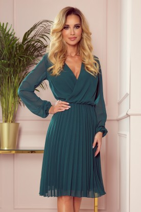 313-1 ISABELLE Pleated dress with neckline and long sleeve - green