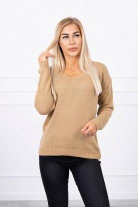 Sweter z dekoltem V camelowy