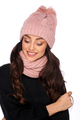 Cap with a pompom and a scarf LC128 salmon
