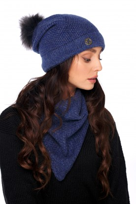Cap with fur pompom and scarf LC132 jeans