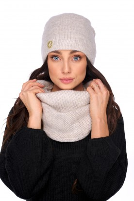 Basic set: hat with pearl and scarf LC141 beige