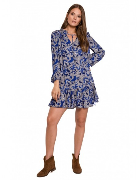 K121 Oversize dress with a frill and print - model 2